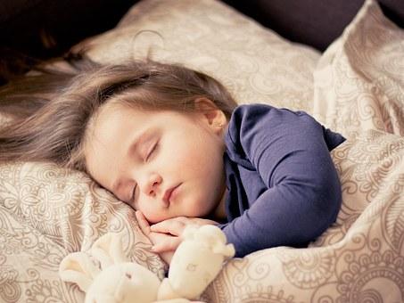 子供のお昼寝はいつまで続けるの?何歳まで必要なのか調べてみた