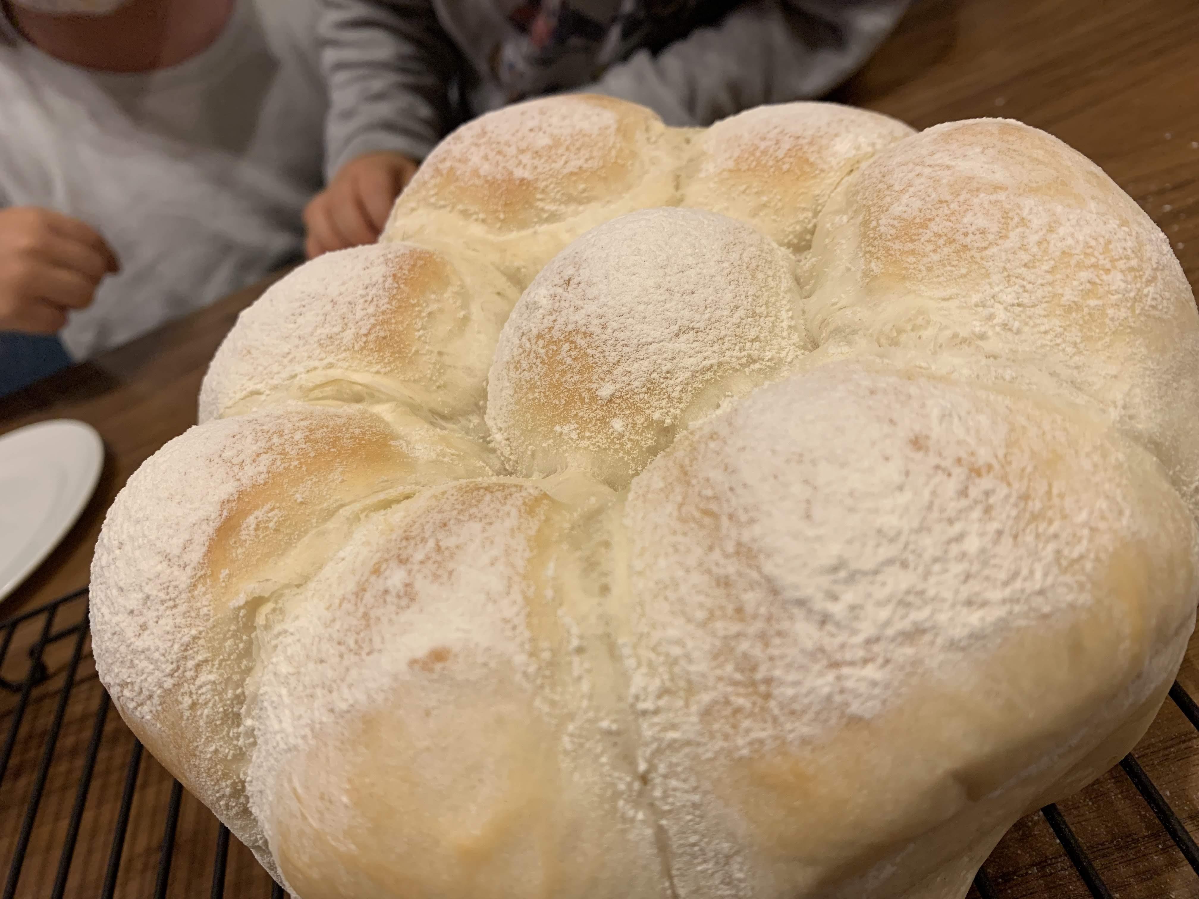 子供と室内で時間潰し提案:風邪や雨の日に!親子でパン作り